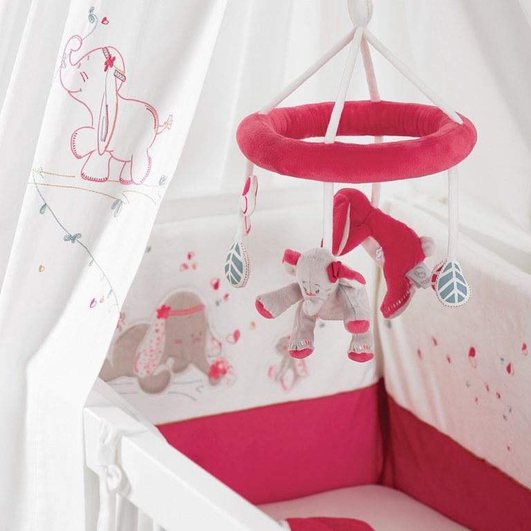 tour de lit anna pili noukies momentbebe. Black Bedroom Furniture Sets. Home Design Ideas
