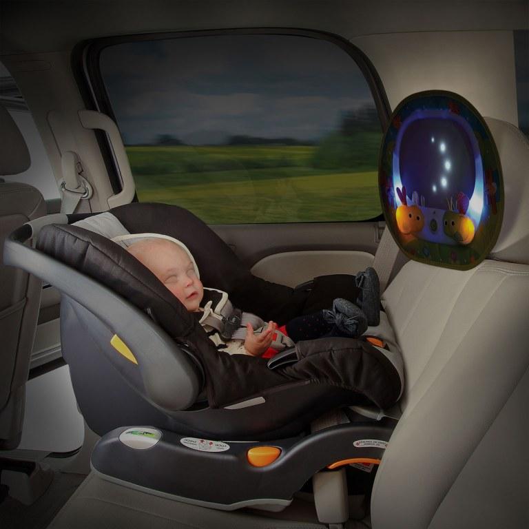 miroir musical pour surveiller bebe en voiture munchkin momentbebe. Black Bedroom Furniture Sets. Home Design Ideas