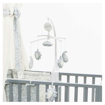 mobile musical nuage quax momentbebe. Black Bedroom Furniture Sets. Home Design Ideas